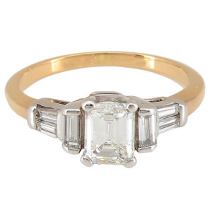 0.94 Carat Center Diamond Ring