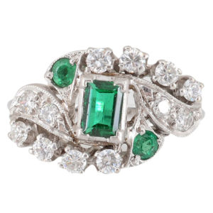 0.65 Carat Center Emerald Ring with Diamonds