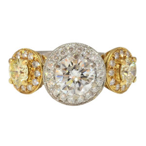 18K Gold Ring with 2.92 CTW of Diamonds