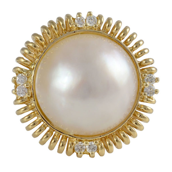 16mm Mabe Pearl Ring with 0.16 CTW of Diamonds