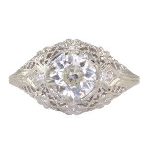 0.84 Carat Center VS2 Diamond Platinum Filigree Ring